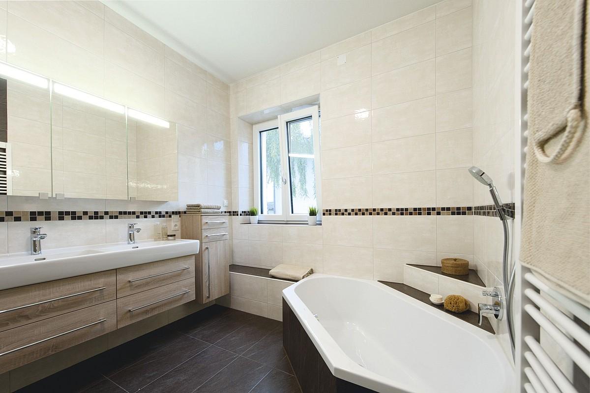 badewannentango in der lieblingswanne hsh installat r. Black Bedroom Furniture Sets. Home Design Ideas